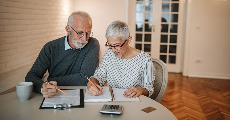 Gender gap in retirement savings: Women say they will have £100,000 less in retirement than men